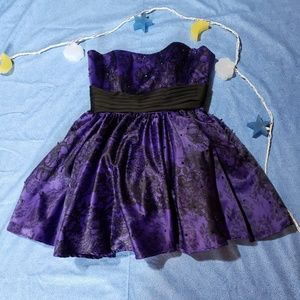 Stunning Purple & Black Homecoming/Prom Dress